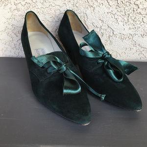 Roberto Vianni Neiman Marcus Emerald Bow Heels